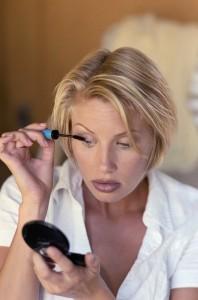 Saiba como fixar melhor sua maquiagem